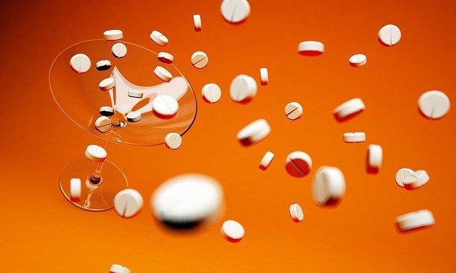 farmaceutische industrie strooit met medicijnen in plaats van vitaminetekorten aanvullen